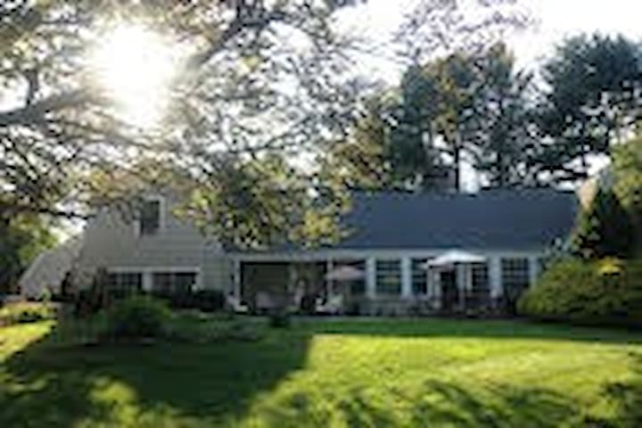 Former estate of Ed Sullivan - Southbury - House
