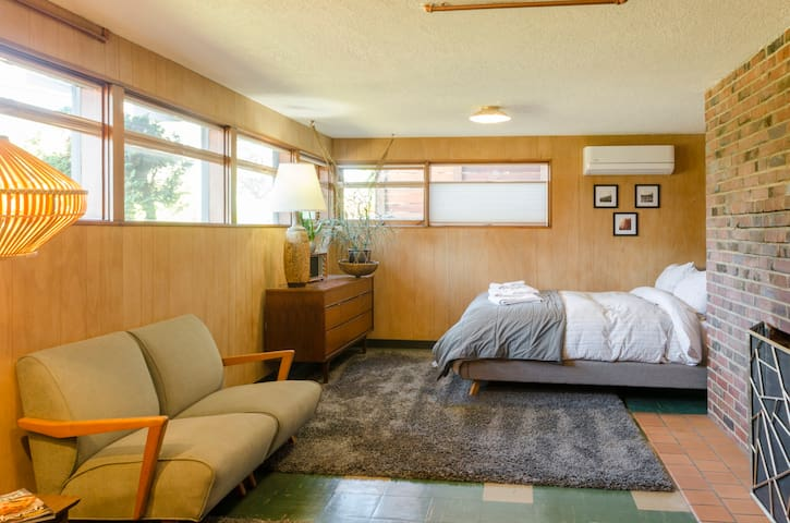 Rad Daylight Basement in 1959 Split Level Ranch