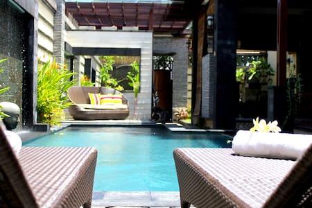 Luxurious Central Bali Seminyak - North Kuta - Villa