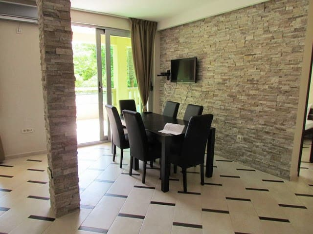 2bedr suite 2686 2fl Gospostina Bu - Budva - Apartment