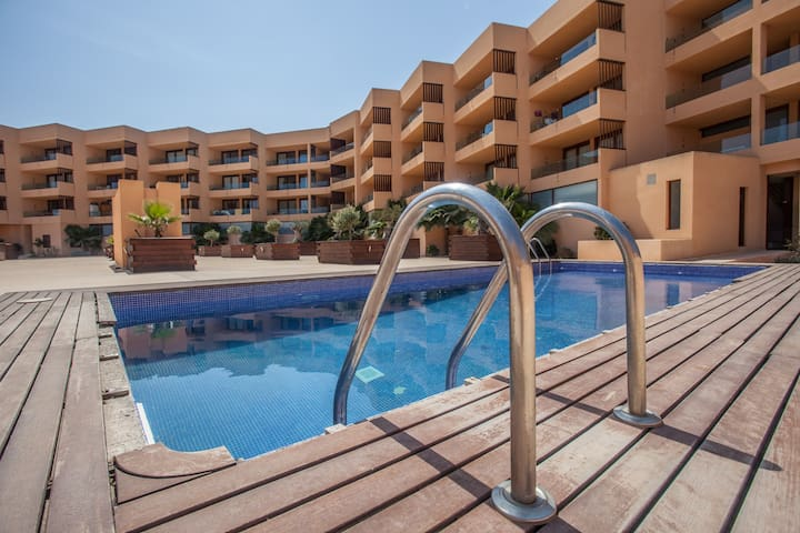 Delano Beach Sea View Apartment I - Platja d'en Bossa - Flat