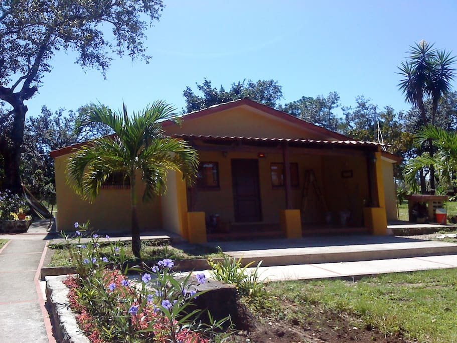 Villa los encinos houses for rent in liberia guanacaste for Costa rica rental houses