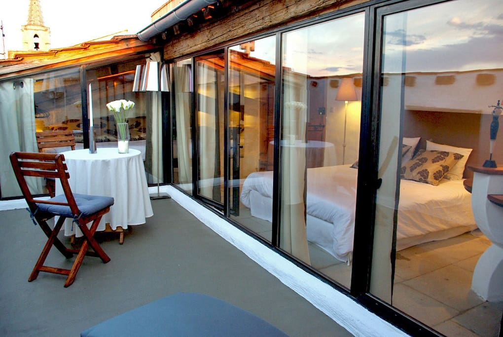 Location maison 9 pers piscine int rieure chauff e maisons de ville louer barbentane - Airbnb piscine interieure ...