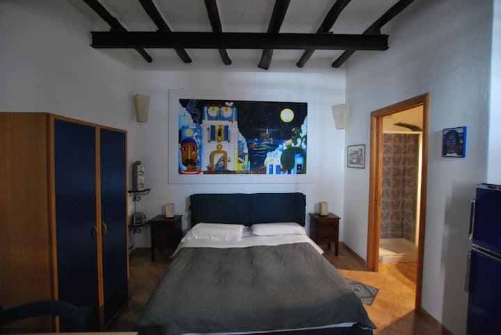 Studio flat ambra wi fi in central lipari
