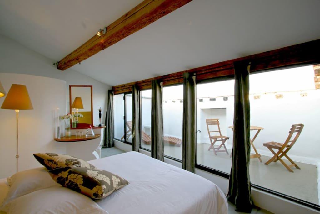Chambre d'hôte avec terrasse privative sur les toits