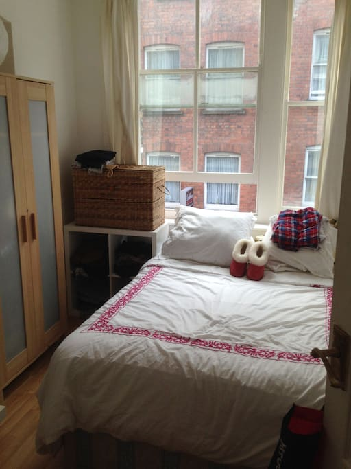 Room 2 Beautiful light all day long double bed desk and wardrobe