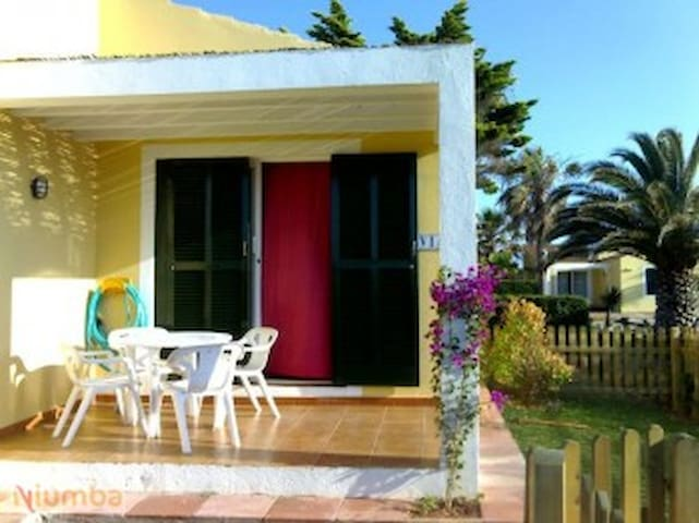BUNGALOW CON JARDIN - Ciutadella de Menorca - Apartamento