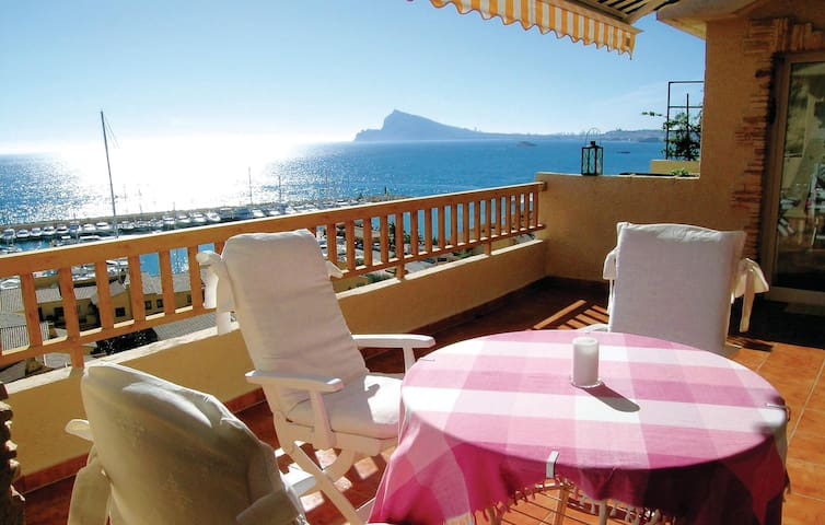 Holiday apartment with 3 bedrooms on 150 m² in Altea