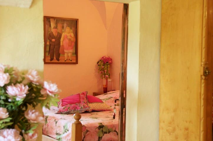 123 Ole! A bed and breakfast under  - Sant Andreu del Terri - Szoba reggelivel