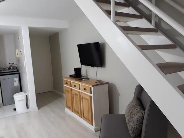 Moderno, cómodo y con una excelente ubicación.