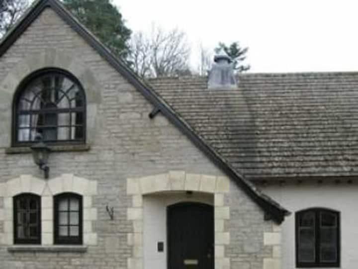 3 bedroom cottage - Rough Tor