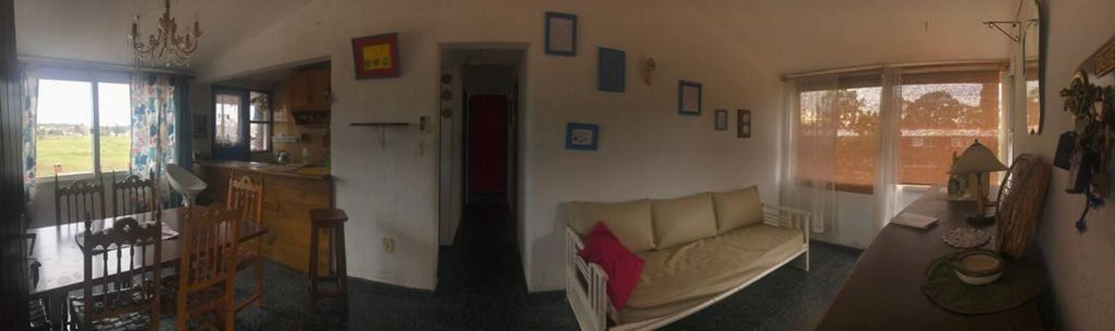 Apartamento 4 Ambientes en Barrio privado.