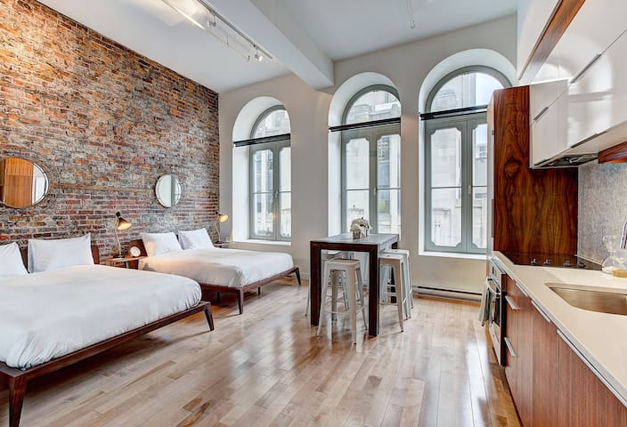 2 bedroom Loft near rue Saint Paul