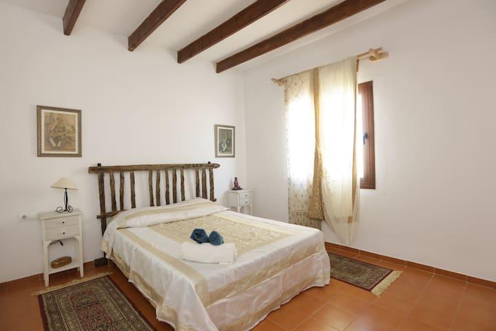 Lovely Room / Bohemian Villa