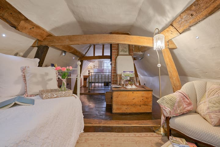 Charming Snug..18th century Farmhouse/The Ridgeway