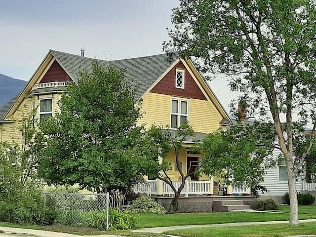 Historic Goff House