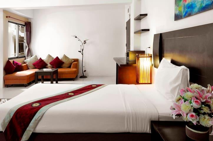 โรงแรมแกรนด์มารีน่าเรสซิเด้นท์ อ่าวอุดม แหลมฉบัง - Si Racha - Appartement