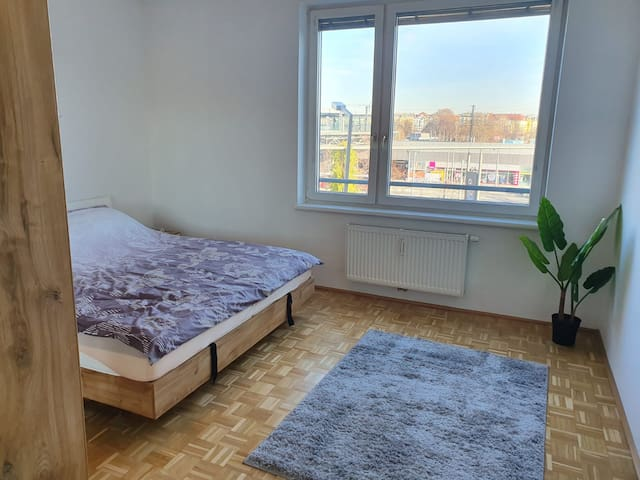 Private Bedroom next to Prater - 10min to Center