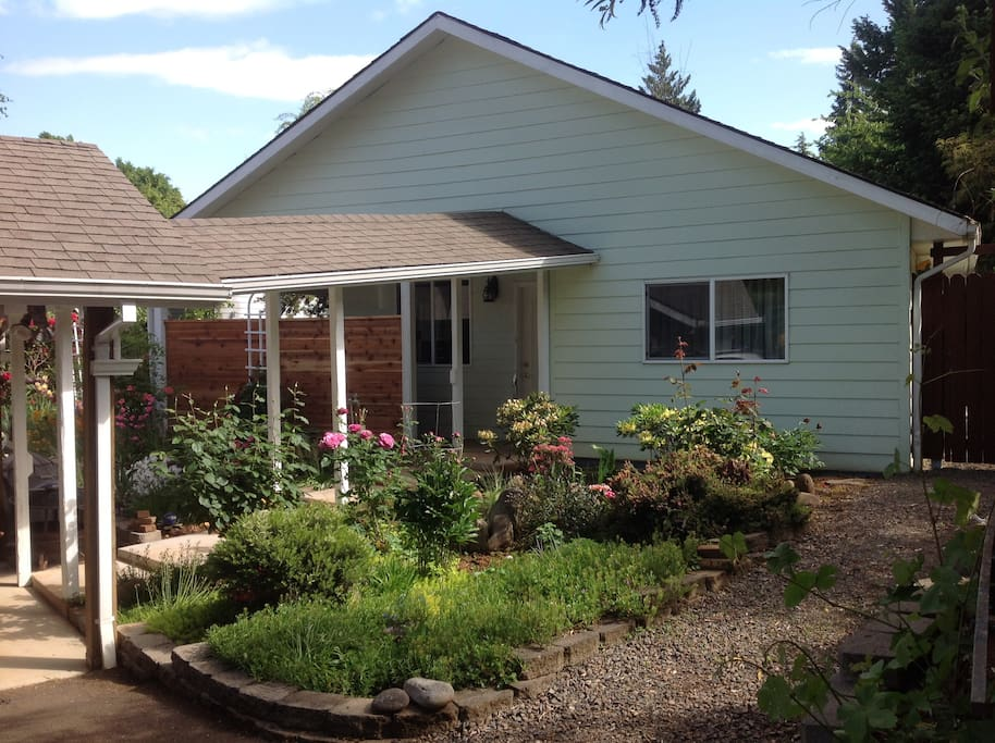 rosecliff bungalow houses for rent in salem oregon united states