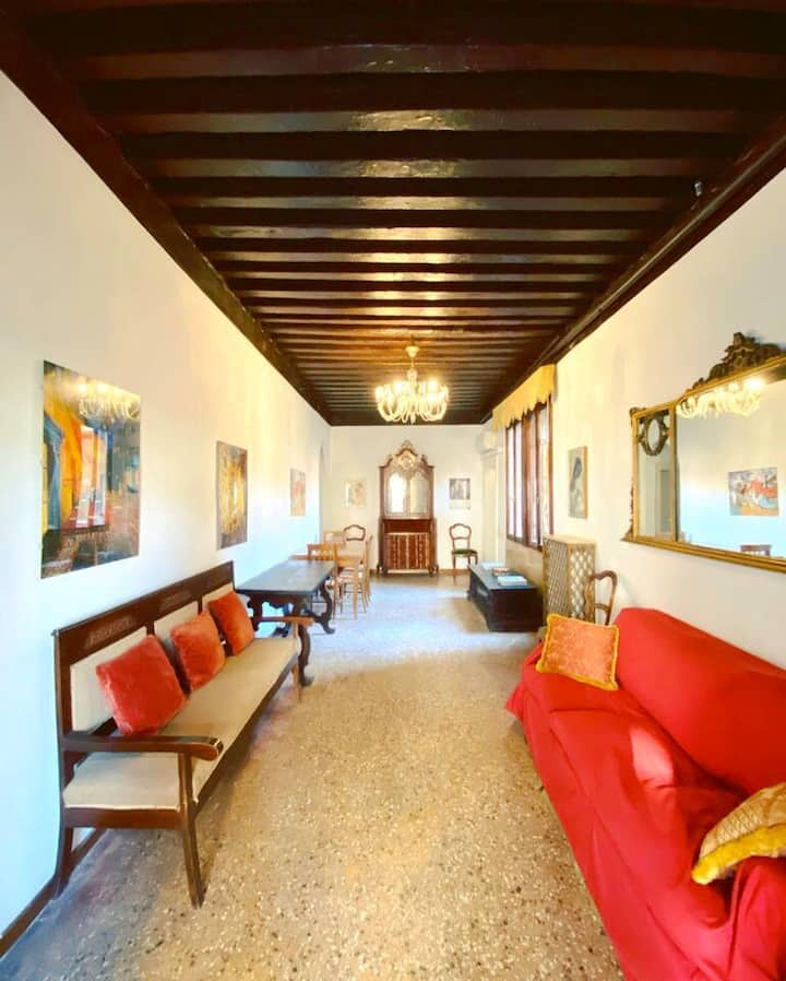 CA' SAMUELE Authentic Venetian Apartment