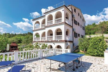 Traumhafte Villa Apartments - Klenovica