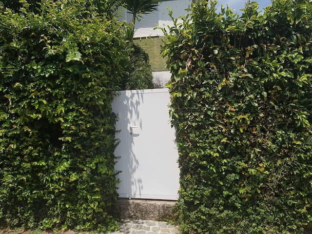 Portão de entrada.
