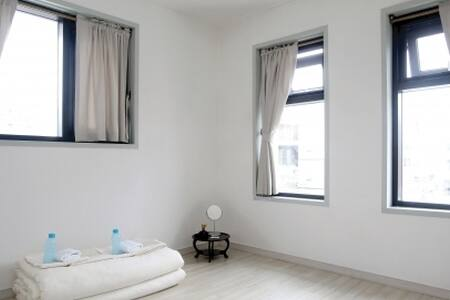 Double room 올레스테이(ollestay) - Jungjeong-ro, Seogwipo-si