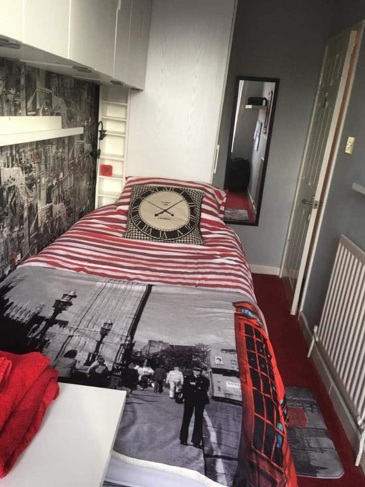 Single room, (London), Riverside Park Southampton