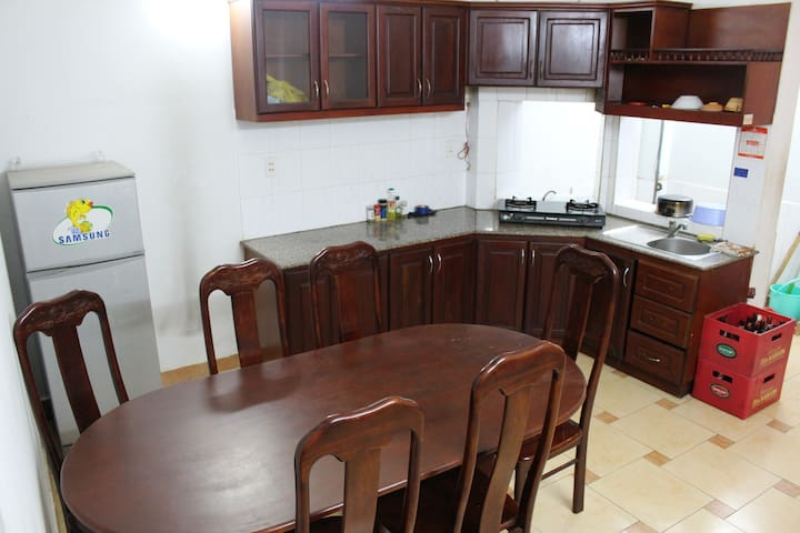 WARMLY HOME NEAR CITY CENTRE AND AIRPORT - Ho Chi Minh City - House
