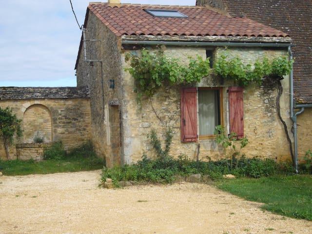 Gîte de charme en Périgord noir, avec piscine - Saint-Cybranet