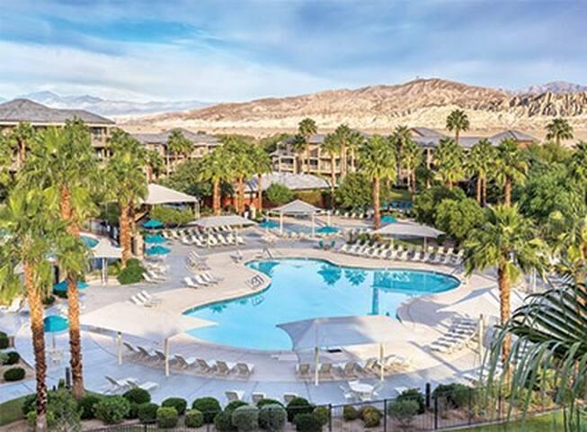 2 Bdrm  Mediterranean Resort 4/26/18 -3+ nights