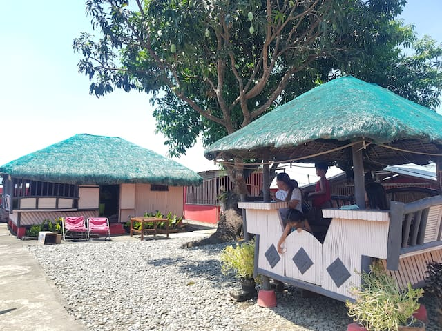 COZY AIR CONDITIONED NIPA HUT