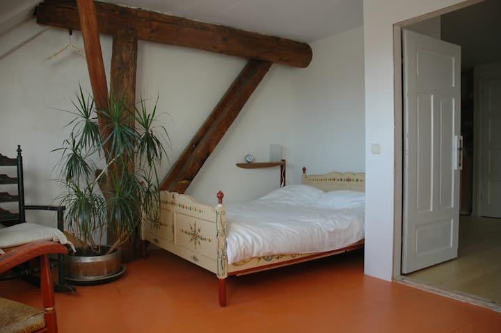 Antje en Gulle B&B, oranje kamer