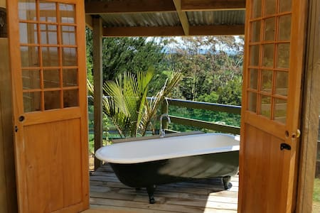 Luxurious Organic Glamping with amazing views. - Pukehina - 小木屋