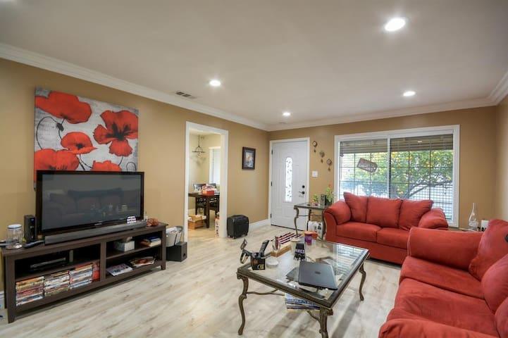 Beautiful New Duplex in West Sacramento