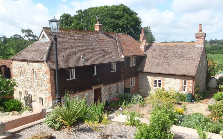Peaceful B&B in rural North Dorset - Fifehead Saint Quintin - Wikt i opierunek