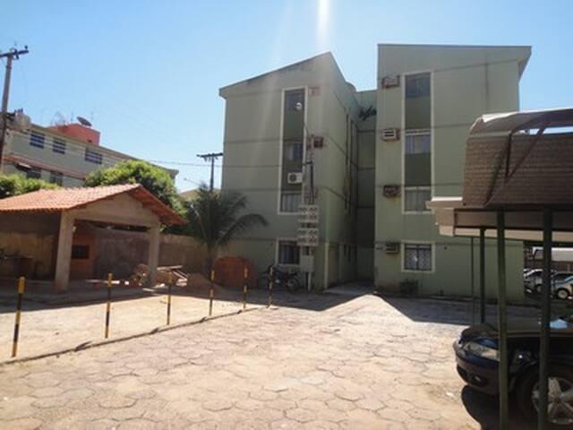 Apto próximo ao aeroporto MOBILIADO - Várzea Grande - Apartment