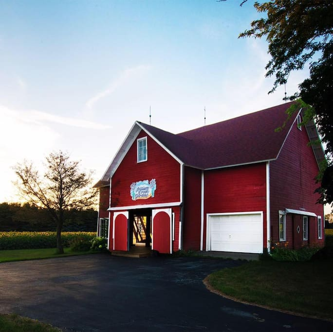 Beautiful 30x45 renovated barn.