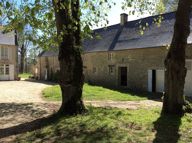 Arromanches, maison de charme 5-6 pers - Tracy-sur-Mer - House