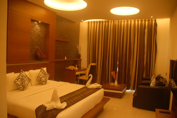 PIONEER GRAND PALACE,Near Tower Junction,Nagerocil - Nagercoil - Hotel boutique