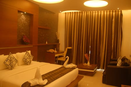 PIONEER GRAND PALACE,Near Tower Junction,Nagerocil - Nagercoil - Boutique-Hotel