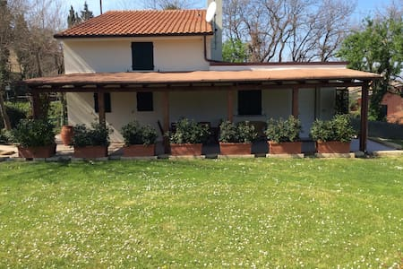 Modern countryhouse with sea views - Candelara
