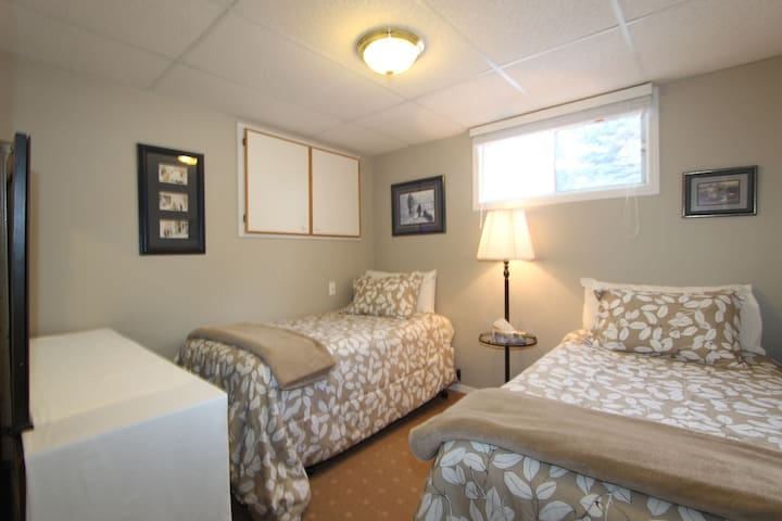 Nice guest room for two