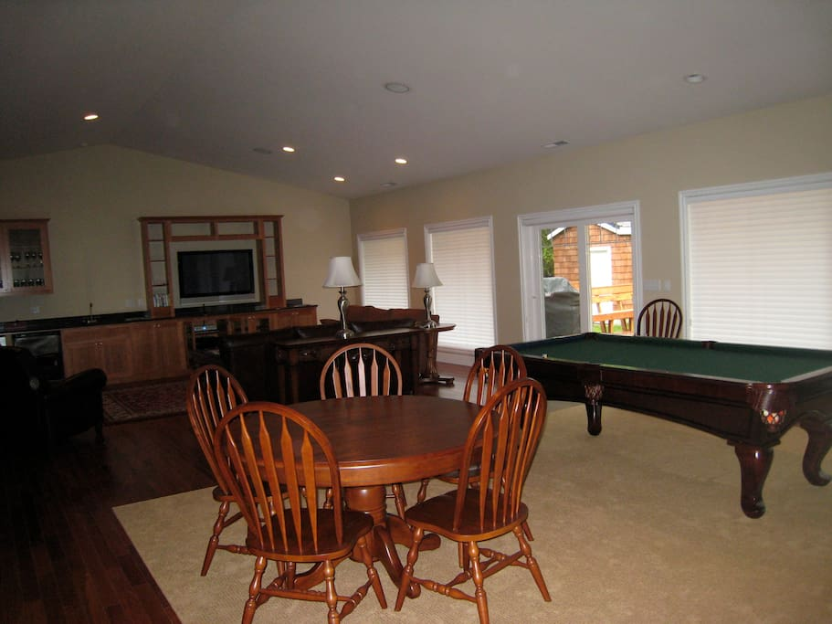 Pool table, gaming table and great room.
