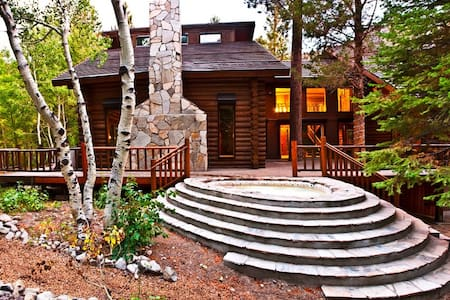 Yosemite Gateway Chalet - June Lake - Alpehytte