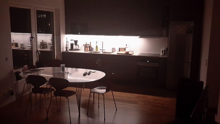 Apartment near city - Solna