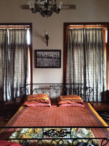 ROOM TO RENT IN THE HEART OF CITY - Mumbai, Maharashtra - Lägenhet
