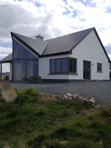 Great House in West of Ireland! - Louisburgh - House