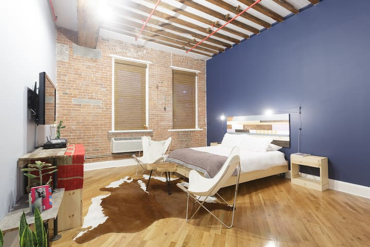 Spacious Studio Loft in Brooklyn