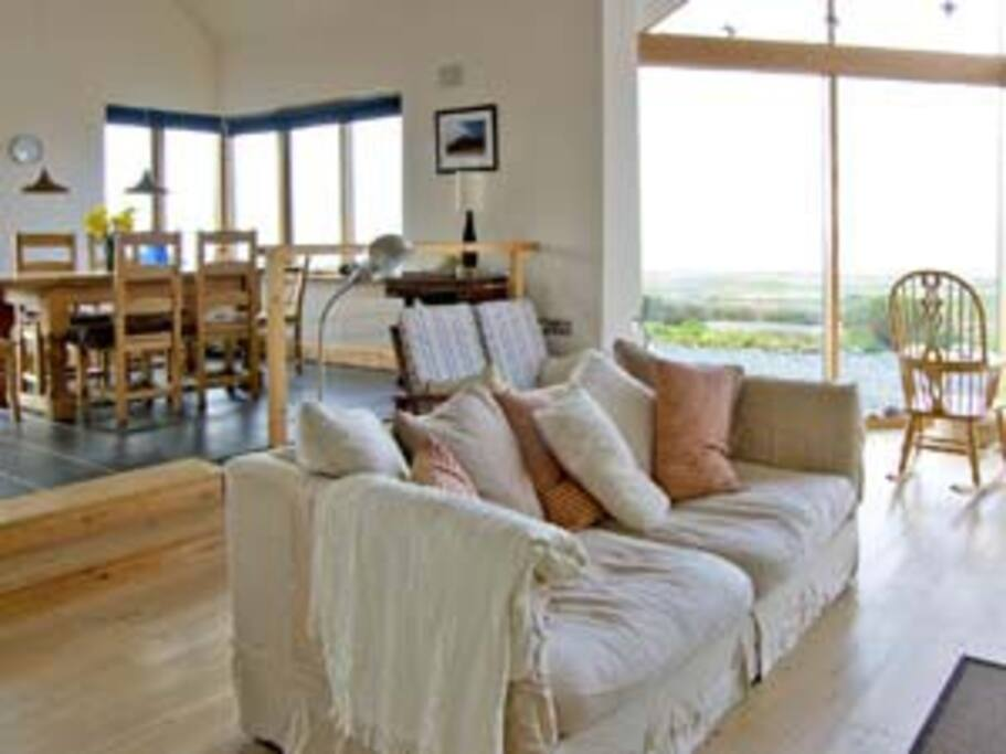Open plan, living and dining room with panoramic views!